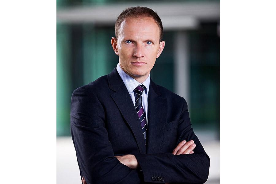 Portret Biznesowy Oficjalny I Troch Mniej